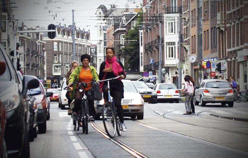 Meer ruimte voor fietsers door geen fietspaden aan te leggen?
